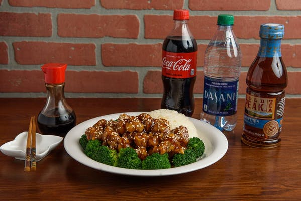 Sesame Chicken Coca-Cola Combo