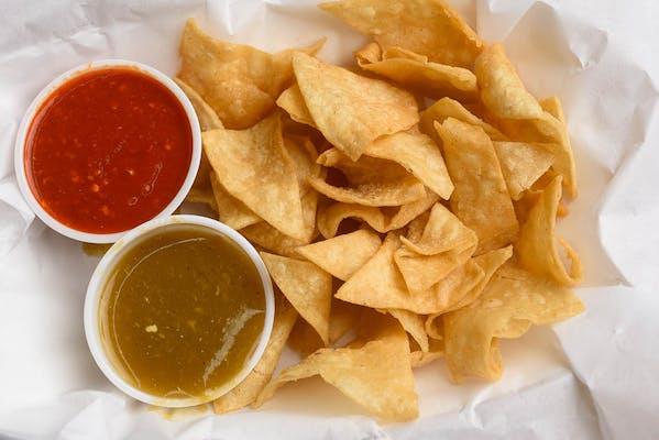 Homemade Chips & Salsa