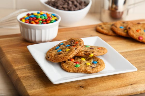 M&M Chocolate Chip Cookies (3)