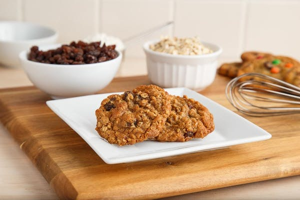 Oatmeal Raisin Cookies (3)