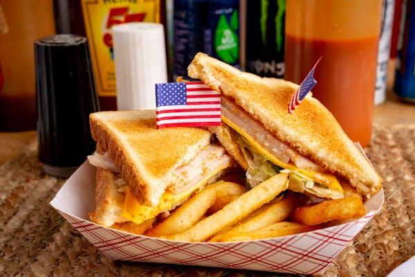 Kid's Turkey Sandwich