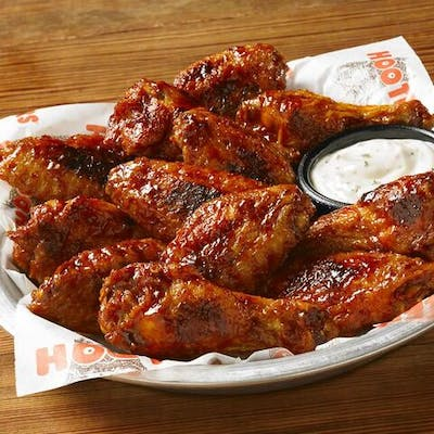 Hooters Daytona Beach Style Wings