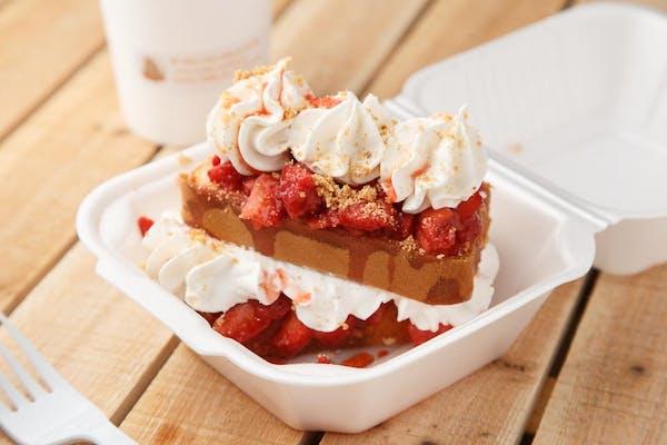Strawberry Shawtcake