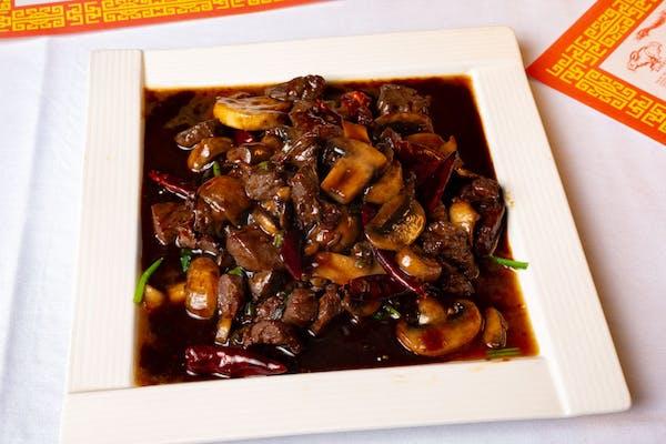 W4. Beef Tenderloin with Mushroom & Spinch