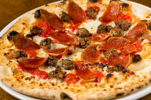 Carne Pizza
