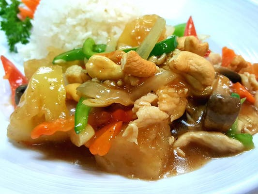 Pad Cashew Stir-Fry Lunch
