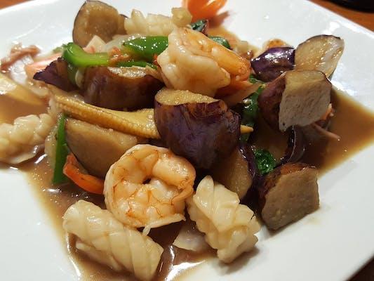 Pad Eggplant Stir-Fry Lunch
