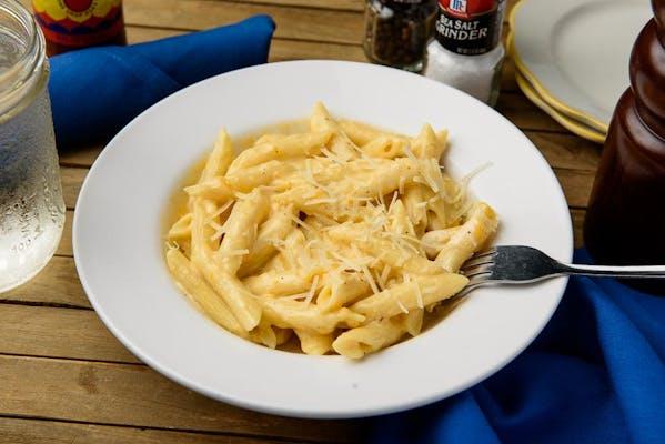Kid's Cheesy Pasta