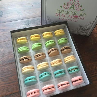 Classic Collection Box of Macarons