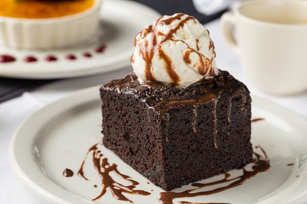 Chocolate Brownie Deluxe Cake