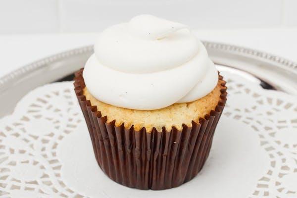 Vanilla Cream Cupcake