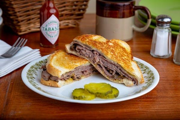 Roast Beef & Swiss Sandwich