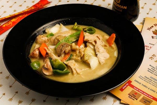 2. Green Curry Chicken