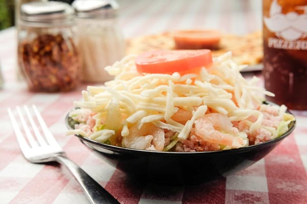 Deno's Salad