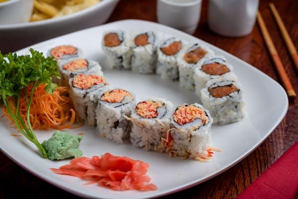 Tuna & Salmon Roll Plate