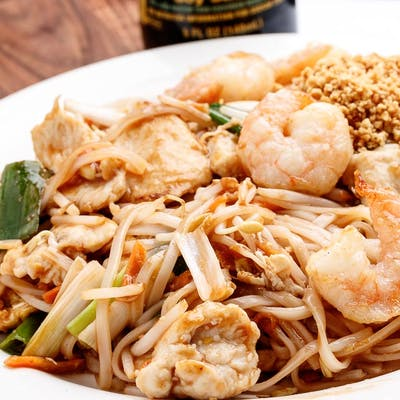 N5. Pad Thai Noodle
