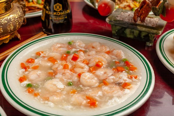 52. Shrimp w/ Lobster Sauce