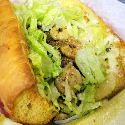 Surf & Turf Po'boy