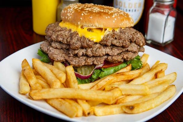 Willie Mac Triple Cheeseburger