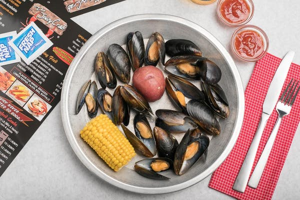 Boiled Black Mussels (Lunch)