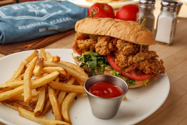Fried Shrimp or Oyster Po'Boy