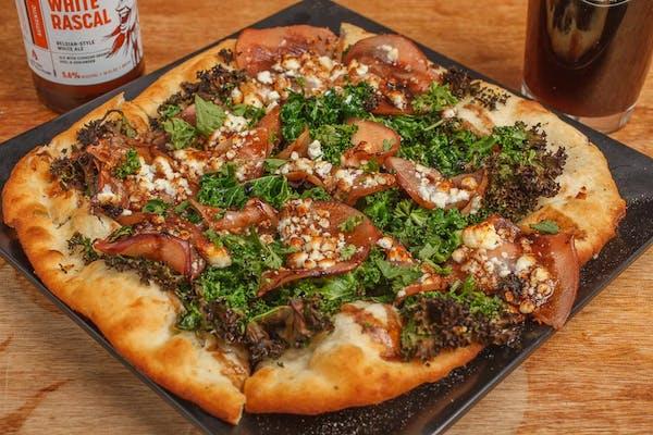 Apple & Kale Pizza