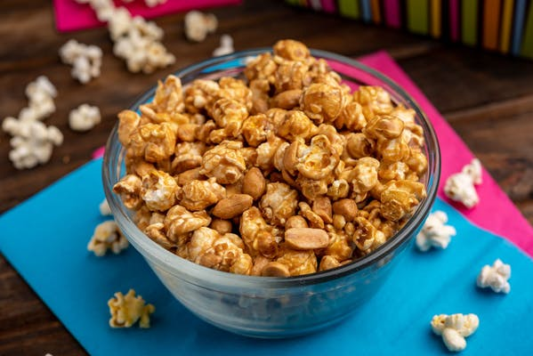 Caramel with Peanuts Popcorn