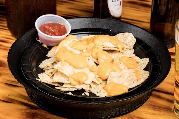 Nacho Chips & Dip