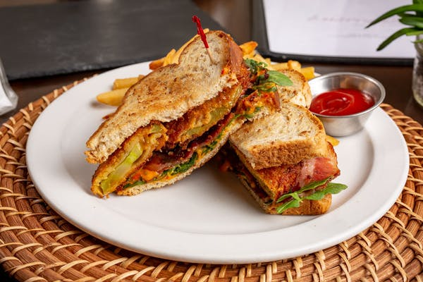 Fried Green Tomato & Pimento Cheese Sandwich