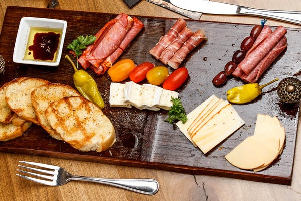 Meat & Cheese Charcuterie