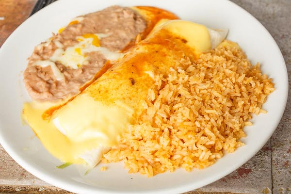 2. Burrito a la Tipica