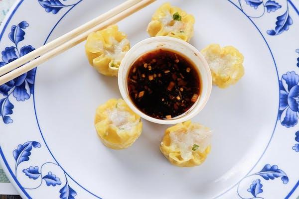 68E. Seafood Shumai