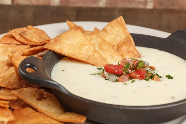 Silky Queso Dip
