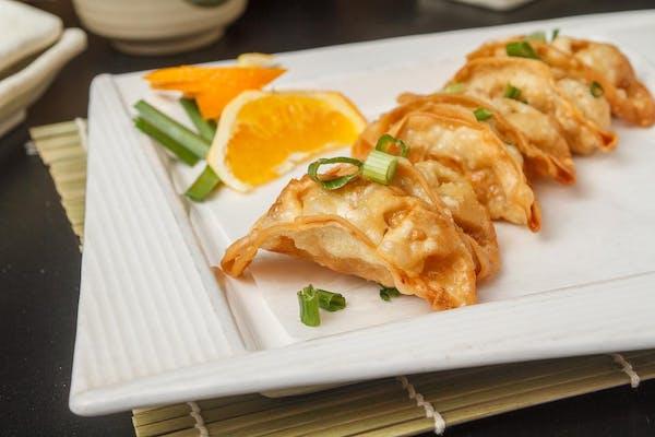 "Mandoo (Korean-Style Dumpling or ""Gyoza"")"