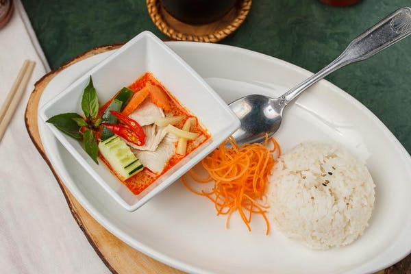 908. Red Curry