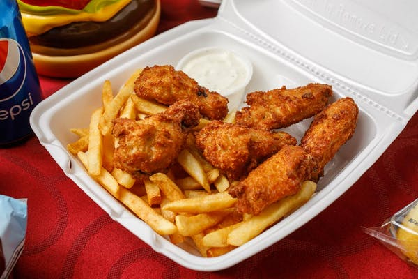 Traditional Wings w/ Fries