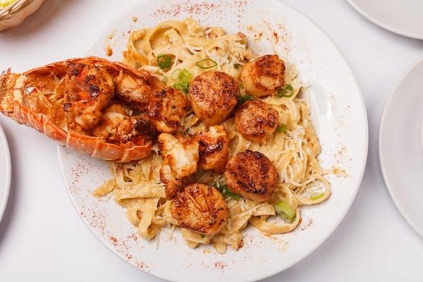 Lobster & Scallops Pasta
