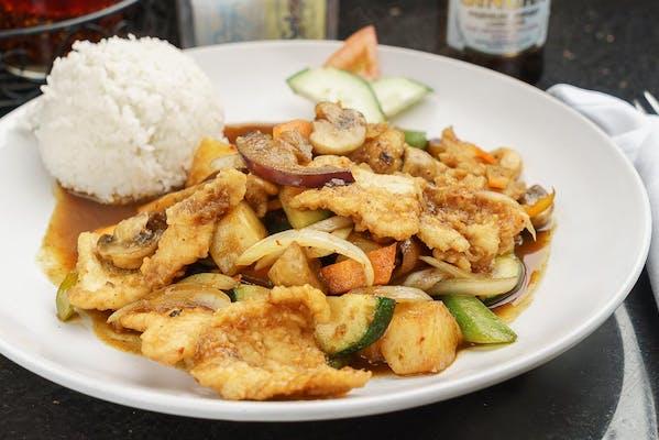 Chef's Special Gai Siam