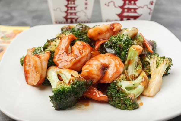 C23. Shrimp with Broccoli