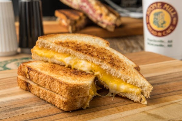Grilled Cheese Deluxe Sandwich