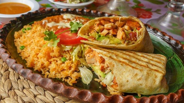 Chicken Burrito (Pollo)