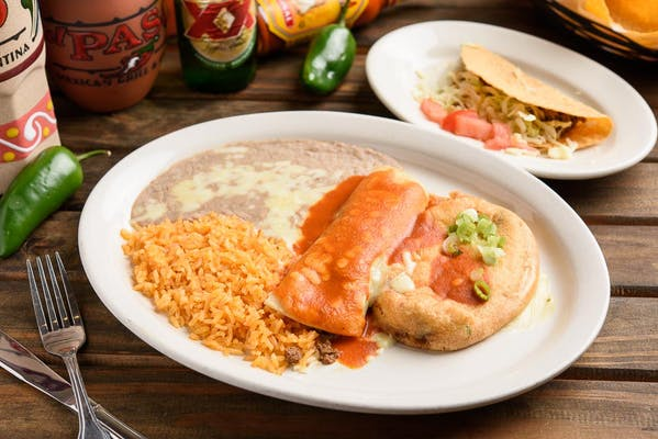 E. Chile Relleno, Taco & Enchilada Combo