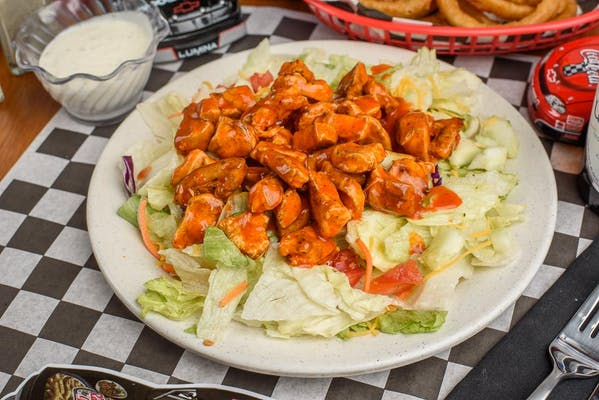 Garden Salad with Buffalo Chicken
