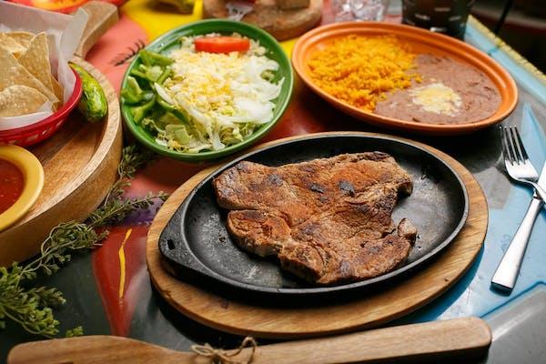 Beef Steak Tampiqueño