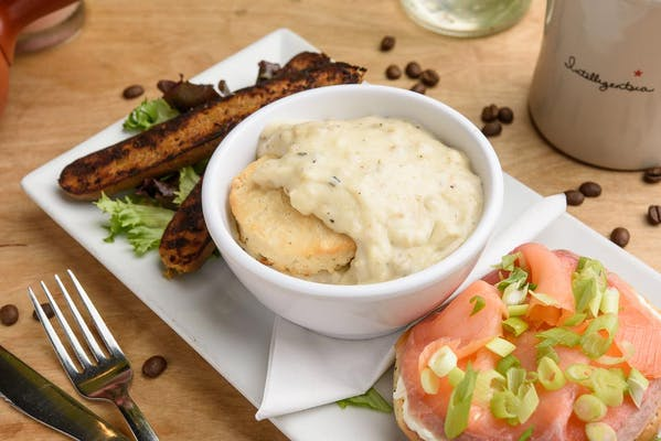 Vegan Biscuits & Gravy