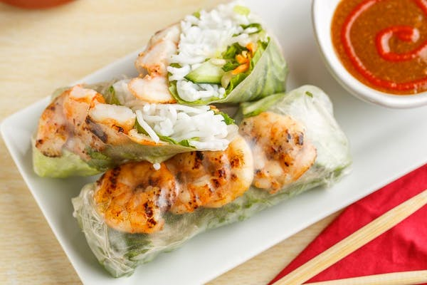 SR6. Chargrilled Shrimp Spring Roll