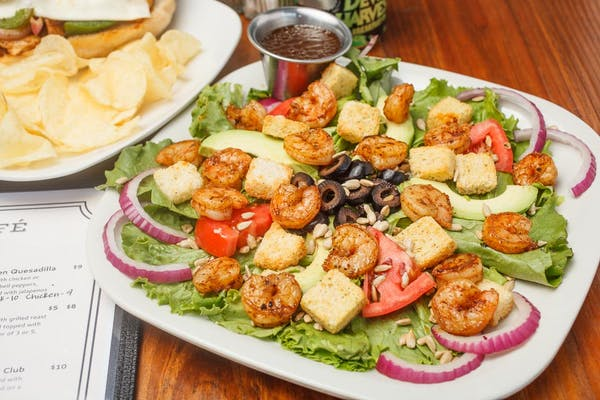 Grilled Shrimp California Salad