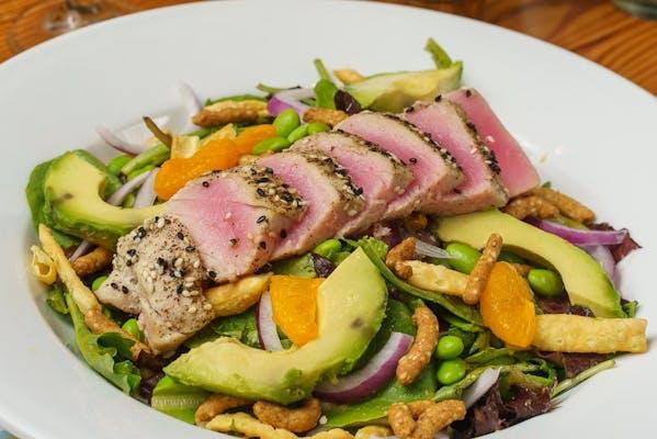 Seared Tuna Salad & Herbed Breadsticks