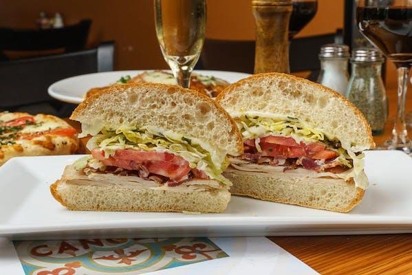Turkey Club Sandwich & Kettle Chips