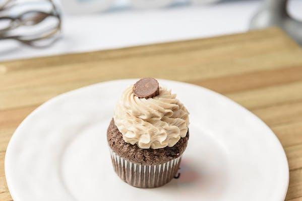 Reese's Cupcake